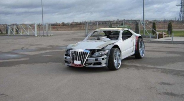 Un rus a modificat un Mercedes intr-un super bolid