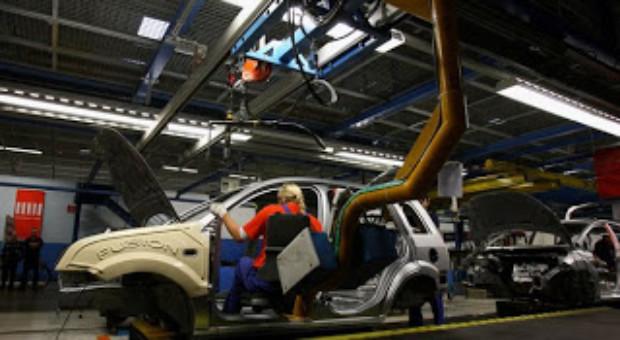 Producătorii auto europeni pot pierde până la 2,4 mld. euro