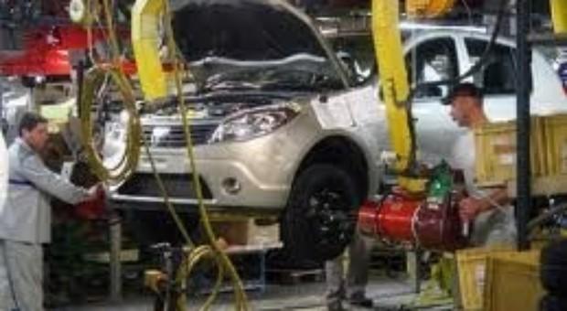 Fabrica Dacia ar putea opri temporar productia