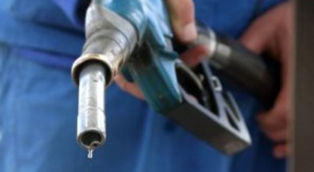 Petrom a scumpit din nou benzina