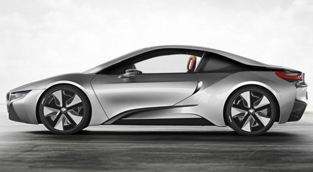 Piaţa automobilelor de lux din Europa va înregistra o creştere importantă în următorii ani