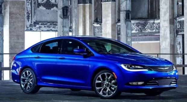 Noul Chrysler 200 C, imagini neoficiale