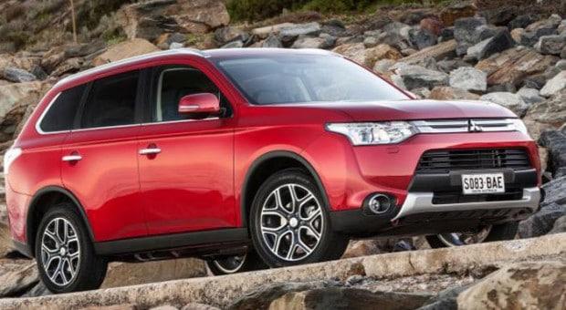 2014 Mitsubishi Outlander Facelift, un SUV cu caracter