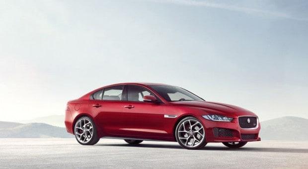 XE, cel mai nou model Jaguar, a fost prezentat în cadrul Salonului Auto de la Paris
